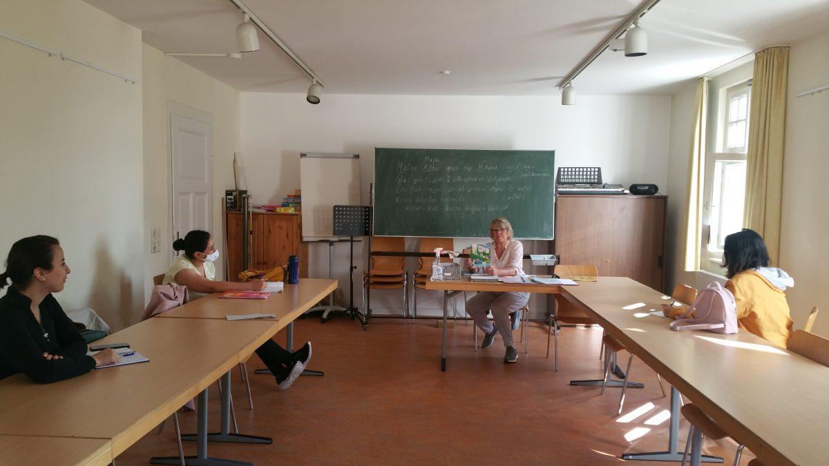 Flüchtlingsfrauen lernen Deutsch